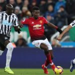 Man Utd edge Newcastle