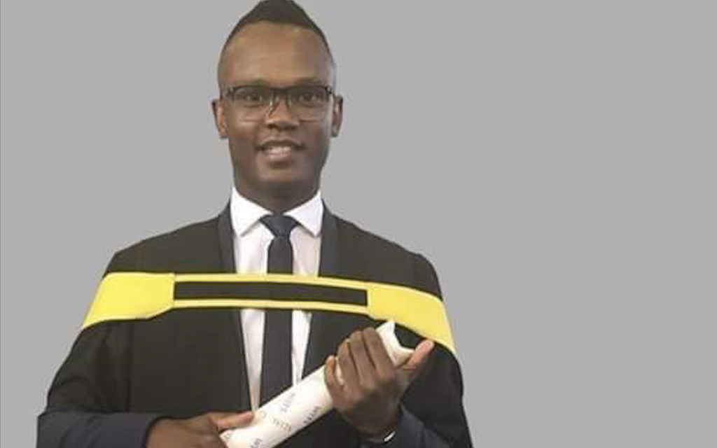 Gaxa urges footballers to follow his footsteps