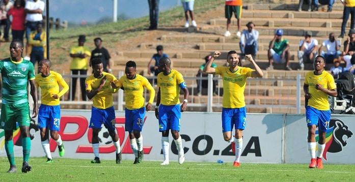 Ricardo Nascimento of Mamelodi Sundowns celebrates with his teammates