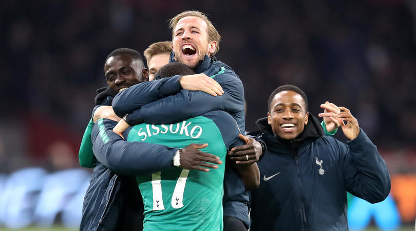 Tottenham Hotspur's Harry Kane celebrates with team-mates