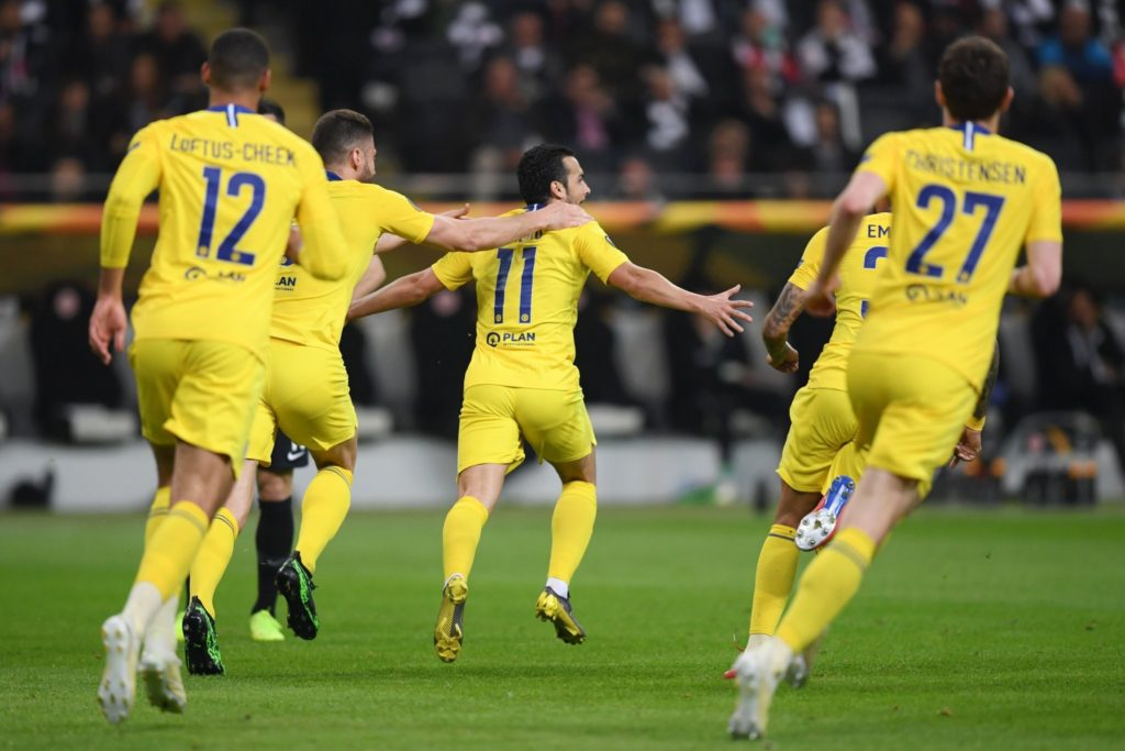 Chelsea secure crucial away goal at Frankfurt