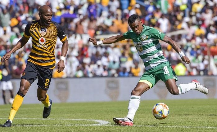 Harris Tchilimbou of Bloemfontein Celtic and Ramahlwe Mphahlele of Kaizer Chiefs