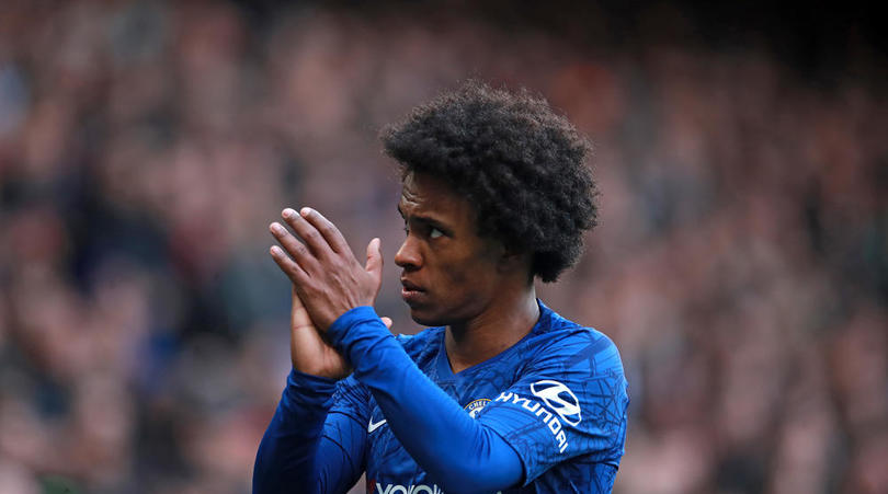 Arsenal join race for Magalhaes as Willian deal edges closer