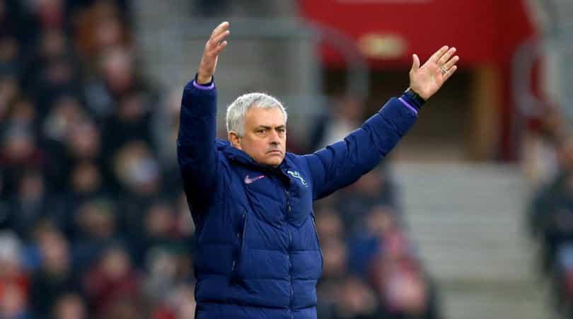 Mourinho unhappy with 'unprofessional' Tottenham-Fulham postponement