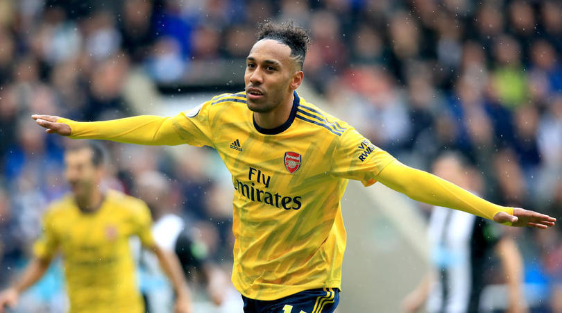 Merson suggests Arsenal may need to let Aubameyang leave this summer