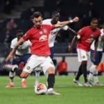Fernandes penalty earns Man Utd point at Spurs