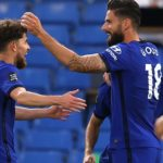 Giroud boosts Chelsea's top-four hopes