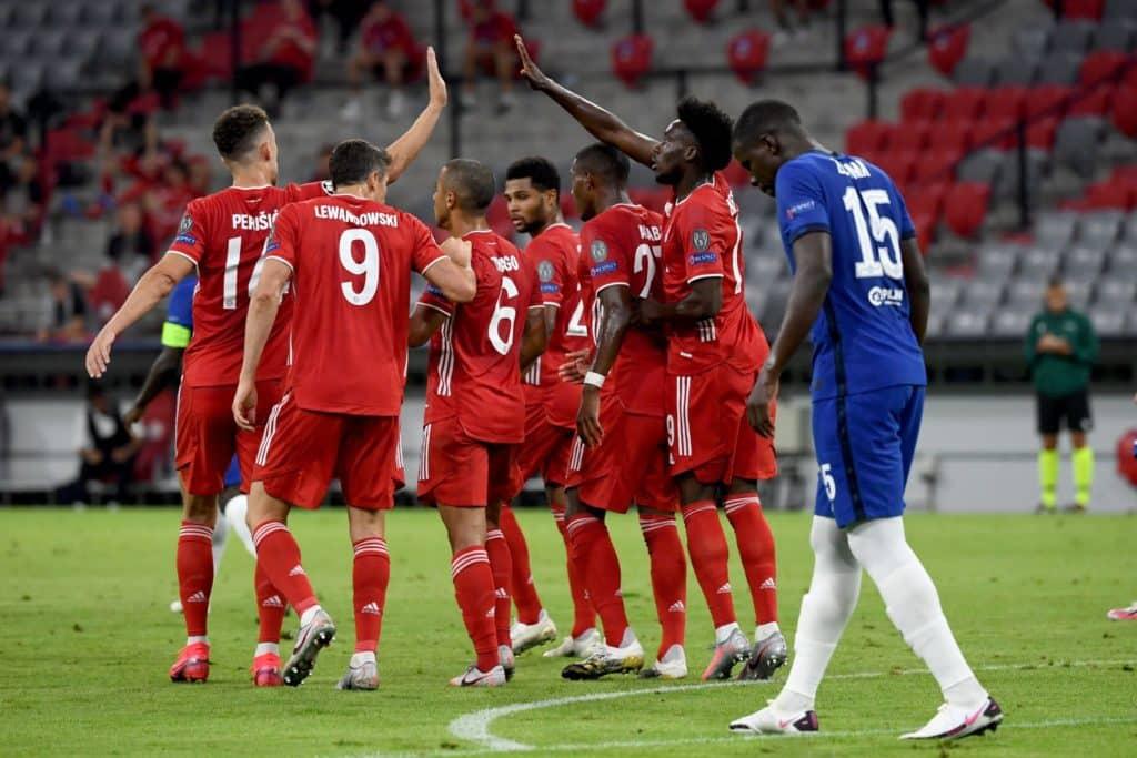 Bayern thrash Chelsea to easily progress
