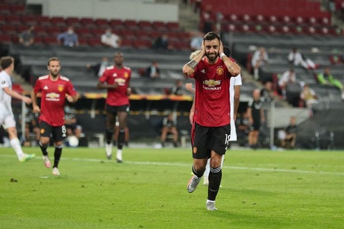 Fernandes extra-time penalty guides Man United past Kobenhavn