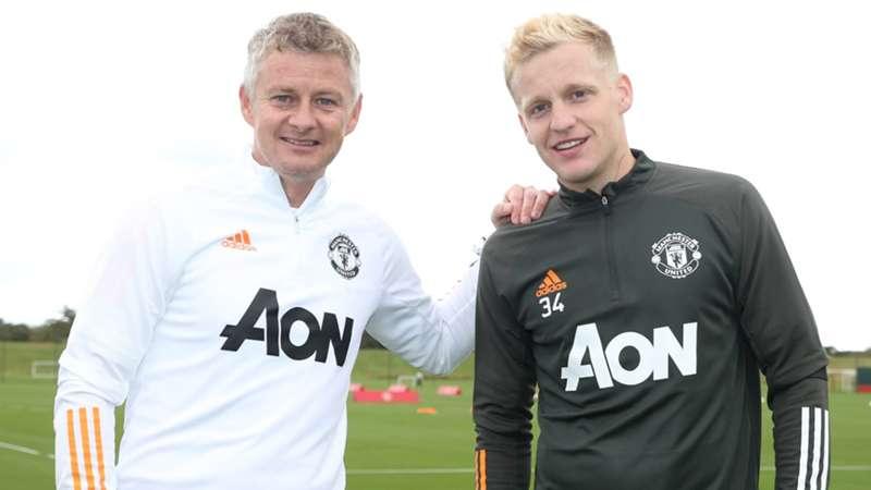 Van De Beek reassured he is highly rated at Man United