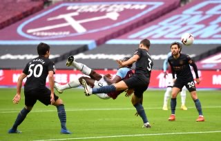 Foden earns Man City point after Antonio's spectacular opener
