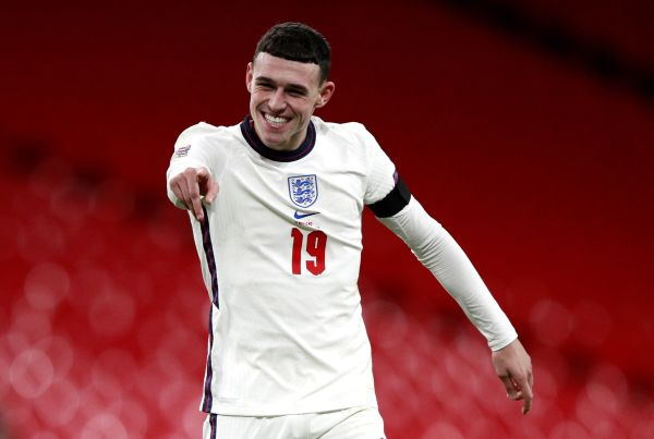 Foden bounces back to help propel England to 4-0 victory over Iceland