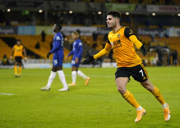 Neto claims late winner as Wolves edge victory over Chelsea
