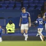 Everton into FA Cup quarter-finals after nine-goal thriller