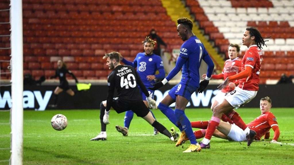 Highlights: Abraham strike edges Chelsea past Barnsley