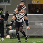 Paul Pogba and Bruno Fernandes of Manchester United celebrate