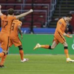 World Cup qualifiers wrap: Holland cheer returning fans while Turkey win again