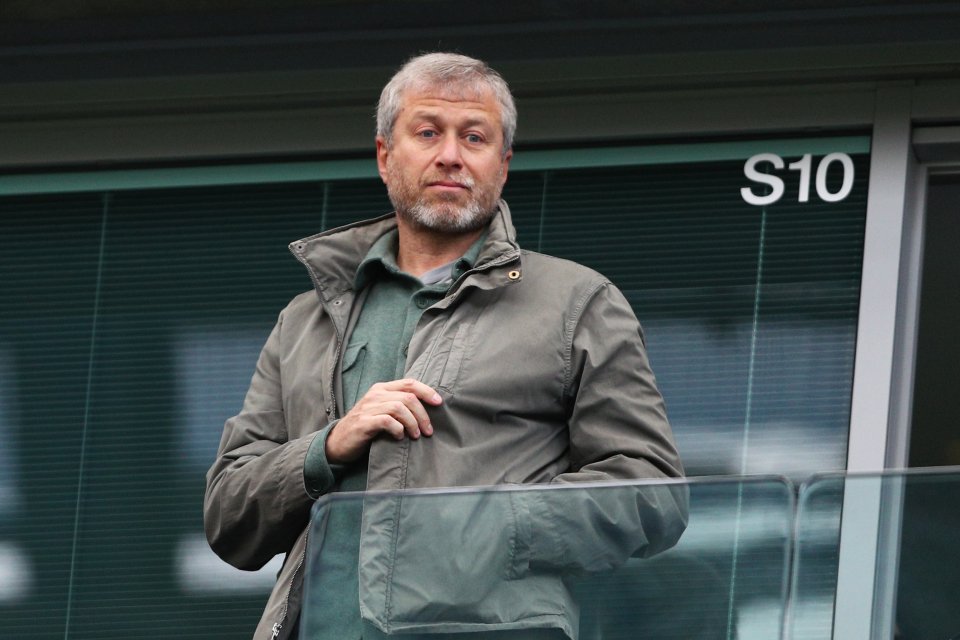 Abramovich launches defamation proceedings over 'Putin's People' book