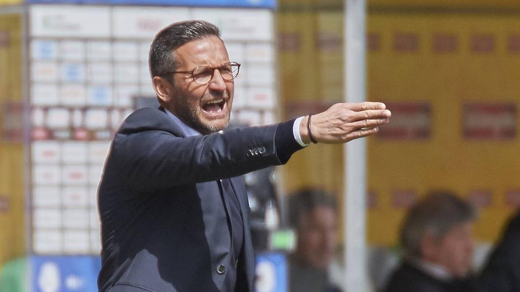 Watch: Mngqithi, Zinnbauer react after Downs thrash Pirates