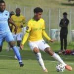 Rushine De Reuck of Sundowns and Augustine Kwem of Chippa United