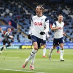 Late Spurs goals deny Leicester fourth spot