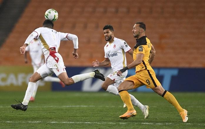 Samir Nurkovic of Kaizer Chiefs challenged by Achraf Dari of Wydad Casablanca