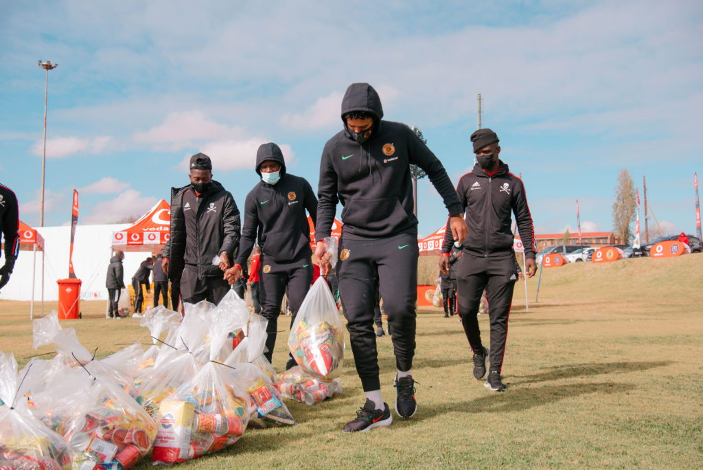 Vodacom brings football rivals together to feed their communities