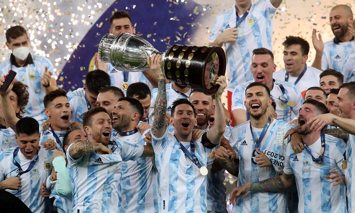Argengtina captain Lionel Messi lifts the Copa America