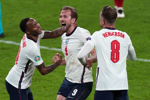 In-form Kane wants to 'finish the job' by firing England to Euro glory