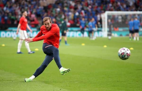 Santo told to count on having striker Kane at Tottenham