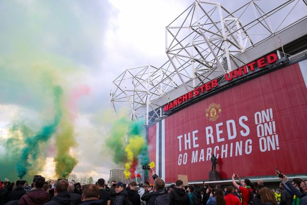 The Glazers put 9.5-million Manchester United shares up for sale