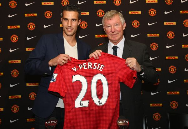On this day in 2012: Man Utd confirm offer for Robin Van Persie