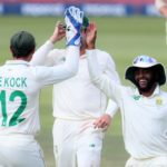 Quinton de Kock of South Africa celebrates with teammates after catching out Kusal Mendis of Sri Lanka during the 2020 Betway Test Series match between South Africa and Sri Lanka at the Wanderers Stadium, Johannesburg on the 04 January 2021 ©Muzi Ntombela/BackpagePix