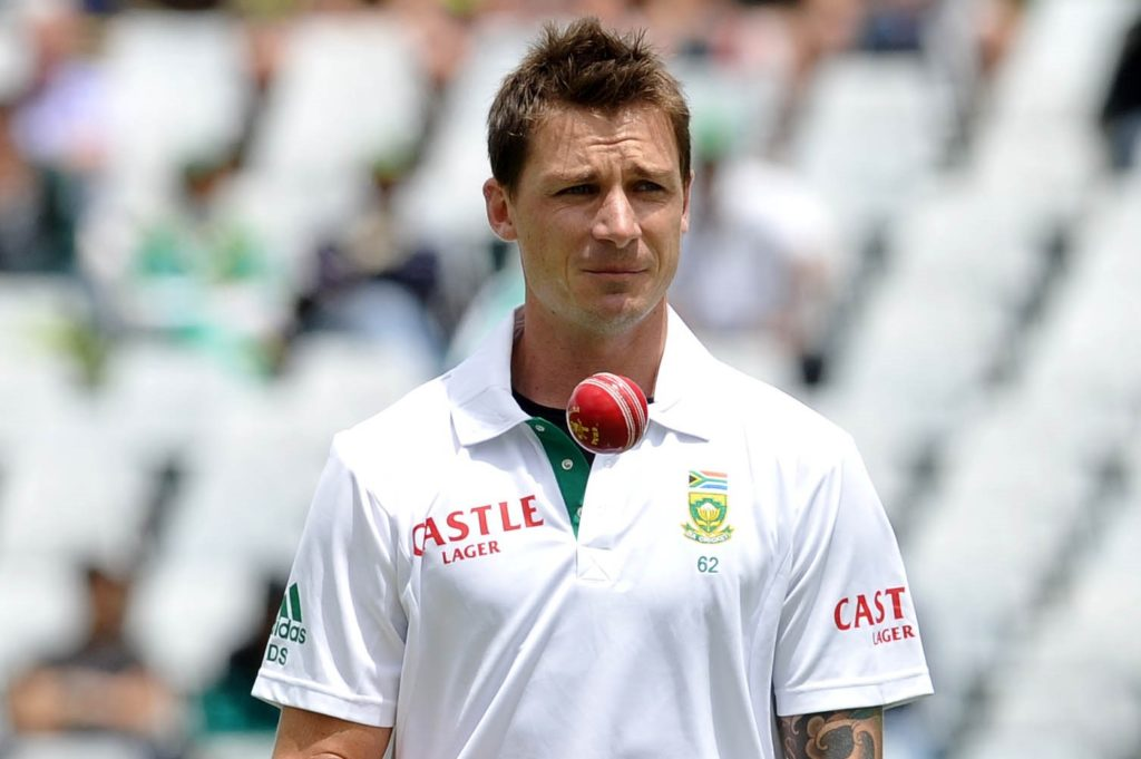 Dale Steyn of South Africa prepares to bowl the first ball of the match ©Ryan Wilkisky/BackpagePix