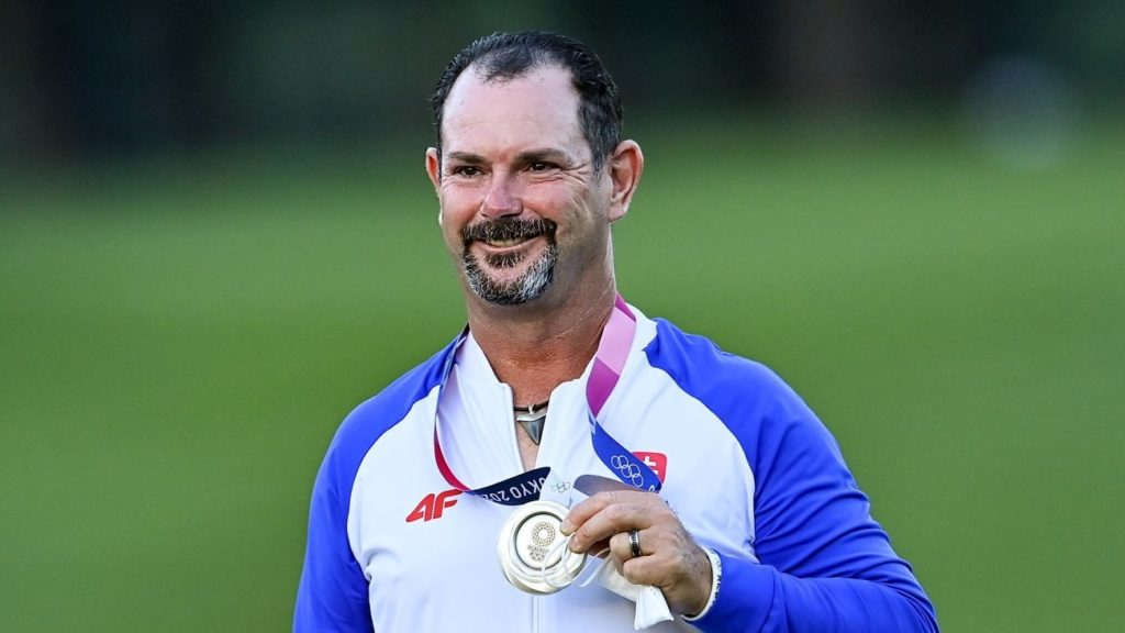 Saitama , Japan - 1 August 2021; Silver medalist Rory Sabbatini of Slovakia after the men's individual stroke play at the Kasumigaseki Country Club during the 2020 Tokyo Summer Olympic Games in Kawagoe, Saitama, Japan. (Photo By Ramsey Cardy/Sportsfile via Getty Images)