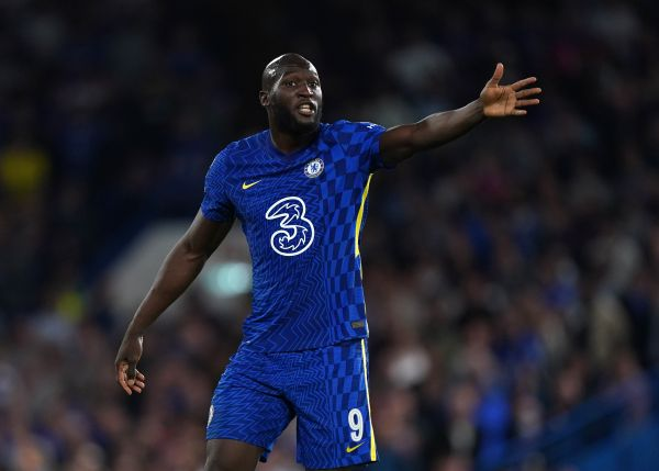 Lukaku wants social media firms to meet players in fight against racism