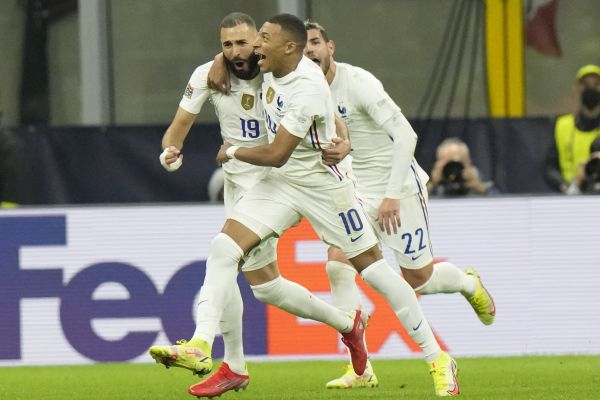 France Mbappe and Benzema