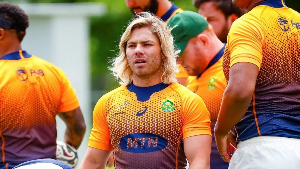 South Africa's Faf de Klerk (C) takes part in the captain's run in Townsville on September 24, 2021, ahead of Rugby Championship match against New Zealand. - -- IMAGE RESTRICTED TO EDITORIAL USE - STRICTLY NO COMMERCIAL USE -- (Photo by Patrick HAMILTON / AFP) / -- IMAGE RESTRICTED TO EDITORIAL USE - STRICTLY NO COMMERCIAL USE -- (Photo by PATRICK HAMILTON/AFP via Getty Images)
